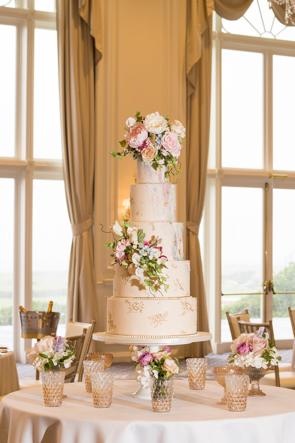 The Turnberry Wedding cake