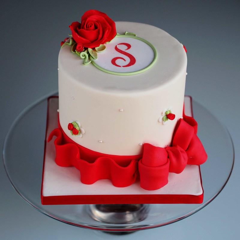 Cake Making Classes Lancashire : Masterclasses in cake decorating in Oldham, Lancashire ...
