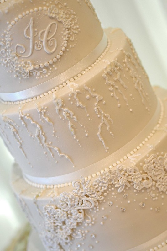 Bespoke wedding Cake with distinctive detail - The Frostery