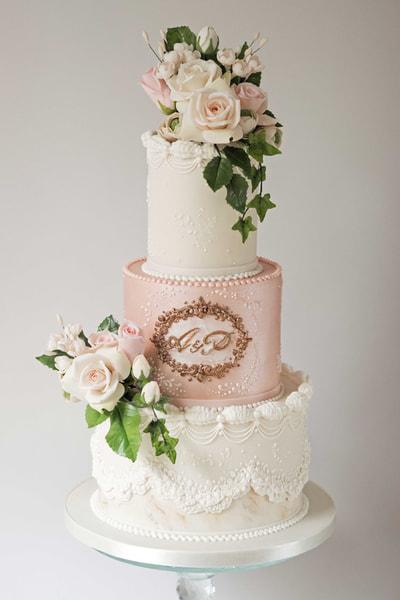 Naked Wedding Cakes Lanchashire